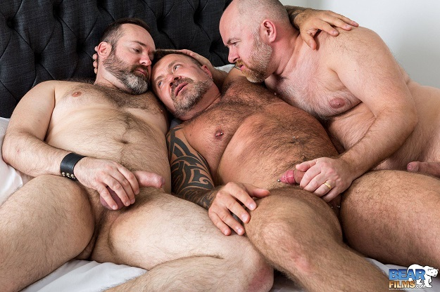 Gay sex - Guy English Marc Angelo Joe Hardness from BearFilms