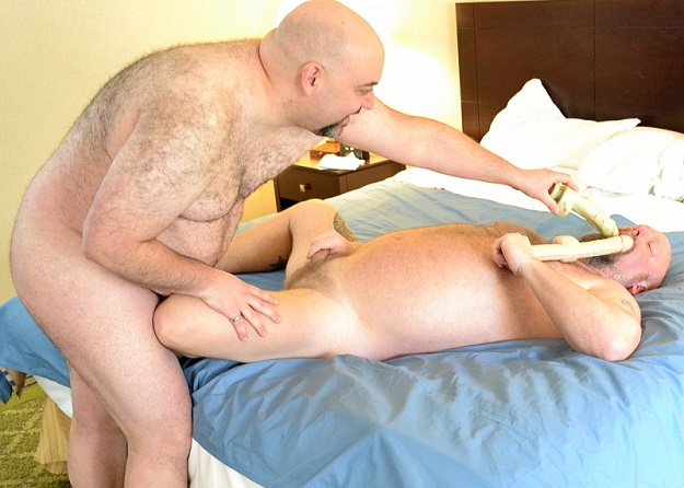 Gay sex - Jack Stafford and Rock Hunter from BearBoxxx