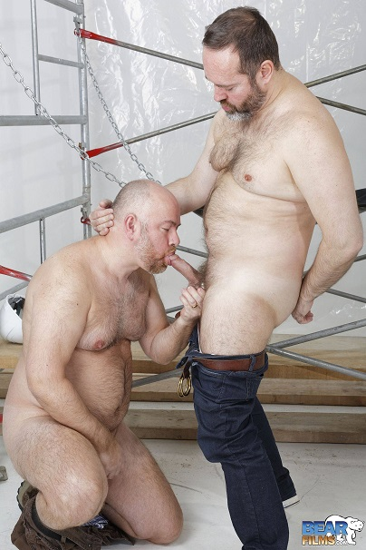 Gay sex - Joe Hardness and Guy English from BearFilms