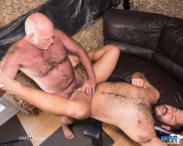 Gay sex - Lanz Adams and Chuck Collier from BearFilms