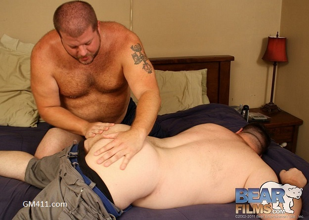 Gay sex - Michael McQuaig and Venice Cub from BearFilms