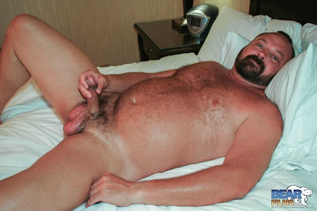 Gay sex - Nolen Richards big beefy bears from BearBoxxx