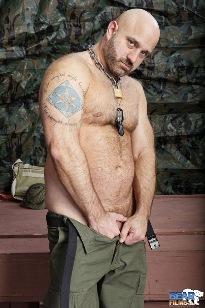 Gay sex - Sam Wyze muscle daddy from BearFilms