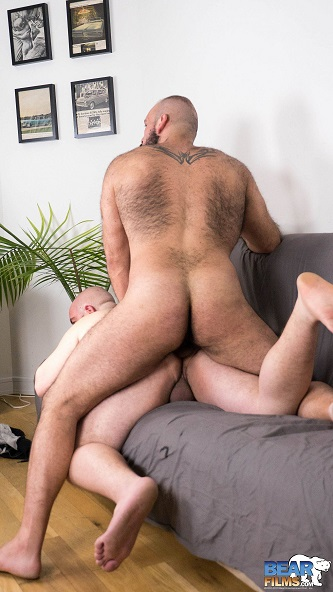Gay sex - Marco Bolt and Enrique Portillo from BearFilms