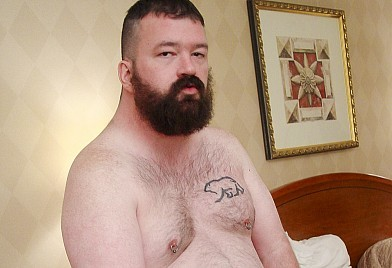 Bear Films offers REAL bears, hairy men, chubbies, daddies, cubs, chubs, ...