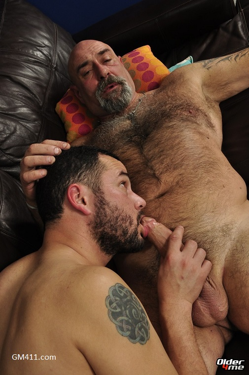 Gay sex - Roommates in Need Olaf and Luar from Older4me