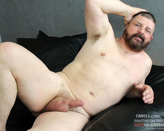 Gay sex - Beau Bearden from Hotoldermale