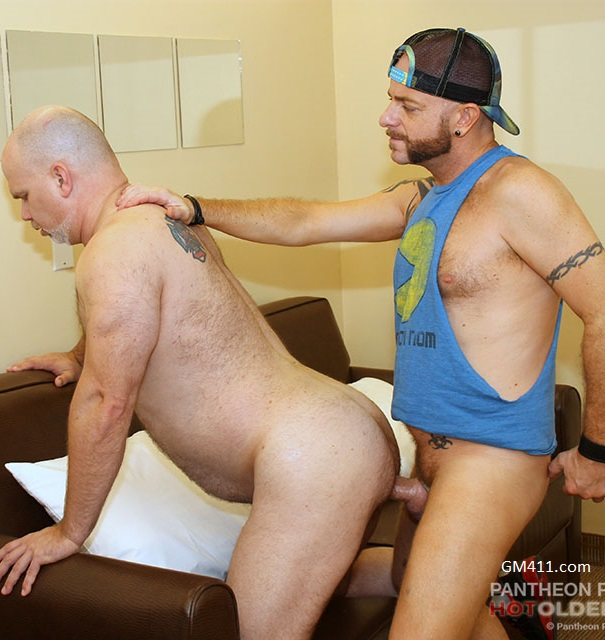 Gay sex - Wade Cashen and Sean Hunter from Hotoldermale